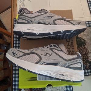 Skechers ortholite go run shoes